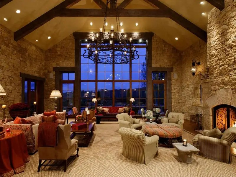 The home has six bedrooms, six bathrooms, and two half baths. The house is just three miles from Aspen and Snowmass.