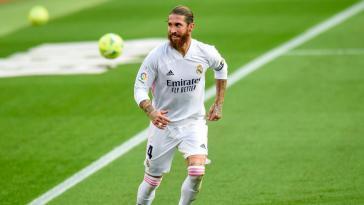 Real Madrid, PSG – Mercato : un surprenant courtisan entre dans la danse pour Sergio Ramos
