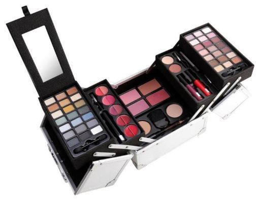 Mya Cosmetics Travel Kit Cube