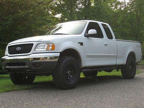 Ford 2009 F Lifted Flareside 150