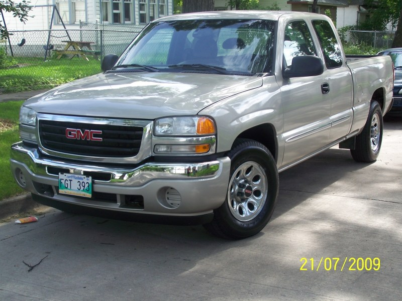 GMC Sierra 1500 Questions   just bought a 06 GMC Sierra 4x4 extended     GMC Sierra 1500 Questions   just bought a 06 GMC Sierra 4x4 extended cab  1500 SLE  are there any       CarGurus