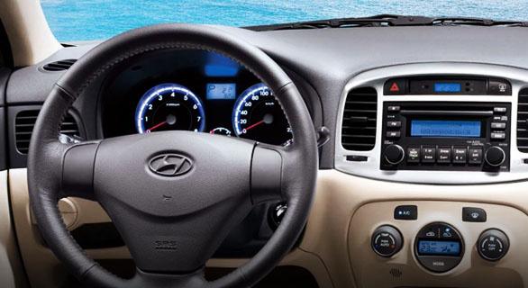 2010 Hyundai Accent Interior Pictures Cargurus