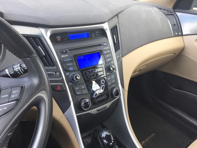 2012 Hyundai Sonata Hybrid Interior Pictures Cargurus