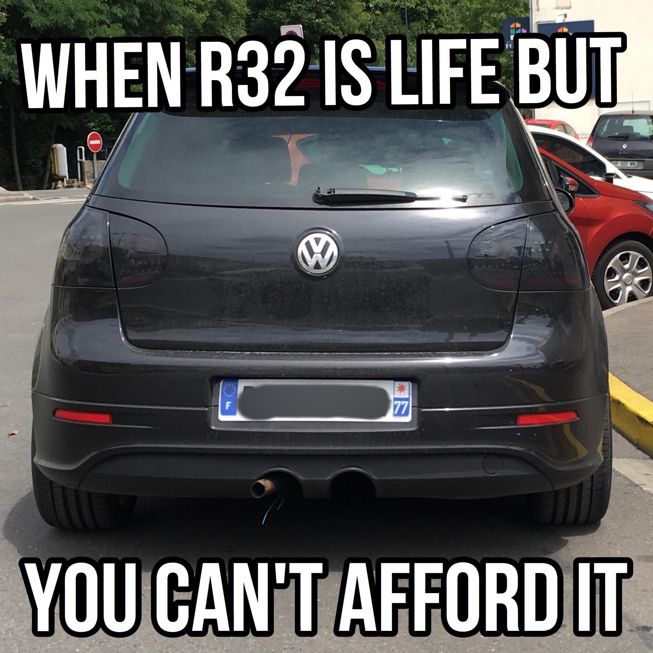 Looks Like A Vw Golf 2 0 Tdi R32