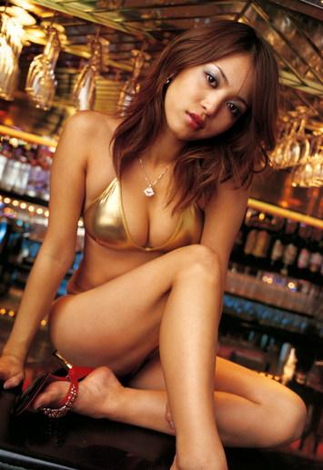 Mari Hoshino Photo Gallery