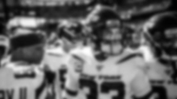 QB Luke Falk & Jets Set to Take on Tom Brady & Patriots Today