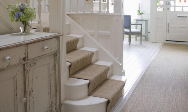 les escaliers le tapis ou le bois