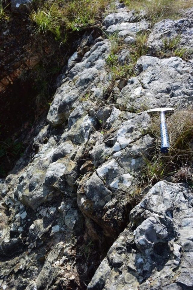 Ancient-Barite-Outcrop-in-South-Africa-684x1024.jpg