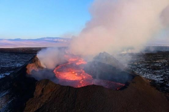 研究发现,霍卢汉火山爆发后冰岛的呼吸系统疾病急剧增加-科学探索-cnBeta.COM