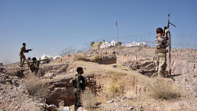Les forces de sécurité participent à une opération contre les militants talibans à Sarkari Bagh, dans le district d'Arghandad de la province de Kandahar, le 2 novembre 2020.