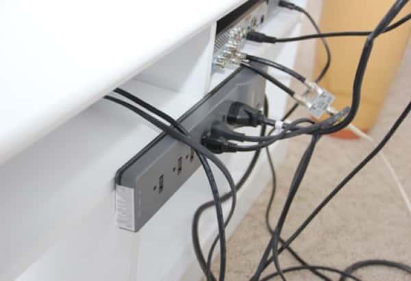 Comment Cacher Les Cables De La Tele En 5 Min Chrono