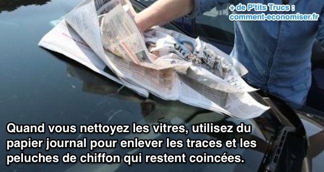 utilisez du  papier journal pour enlever les traces et les  peluches de chiffon qui restent coincées.