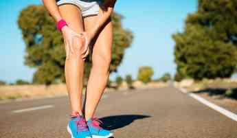 Tratar dolor de rodillas evita futuras complicaciones: Dr. Manrique