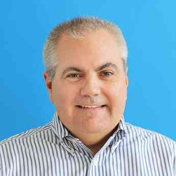 El fundador de FreshBooks, Mike McDerment, pasa la antorcha al nuevo CEO, Don Epperson