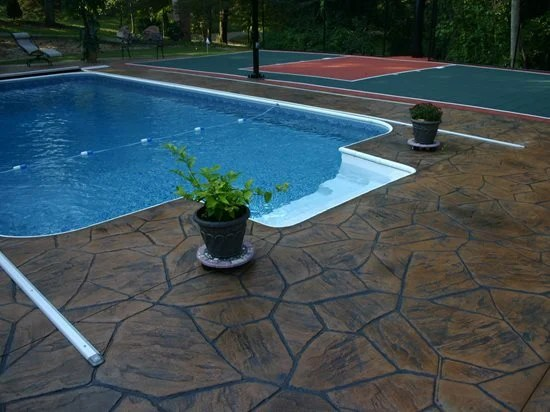 pool deck resurfacing with concrete