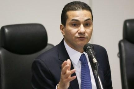 Investigado na Lava Jato, ministro Marcos Pereira entrega cargo a Temer    Congresso em Foco