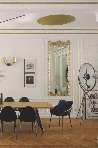 d interieur kara molinari agrandir fresque a l esprit constructiviste dans la salle a manger de ce 300 m2