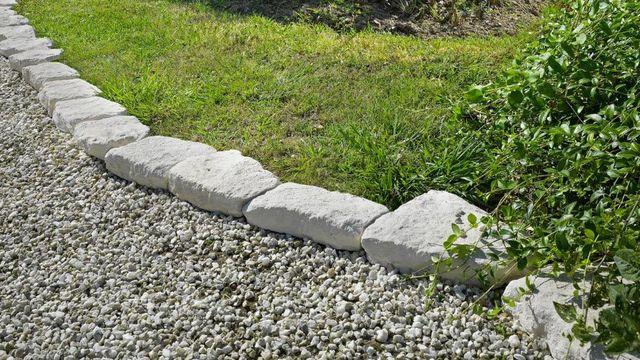 faire des bordures de jardin cote maison