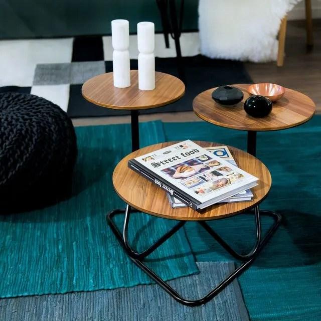 Table basse Disk, en bois, diamètres 32, 38 et 44 cm, H 34, 44 et 48 cm, 349 euros, Habitat.