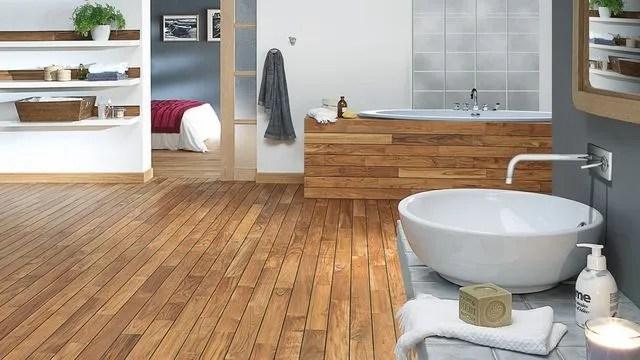 parquet salle de bains et imitation