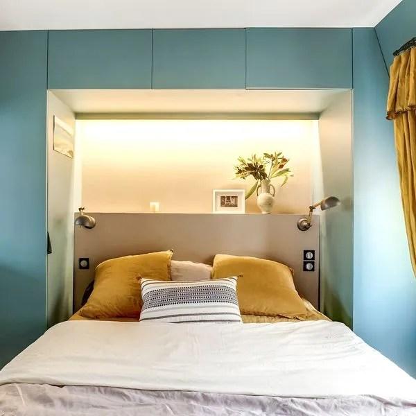 agrandir une tete de lit coloree avec dressing