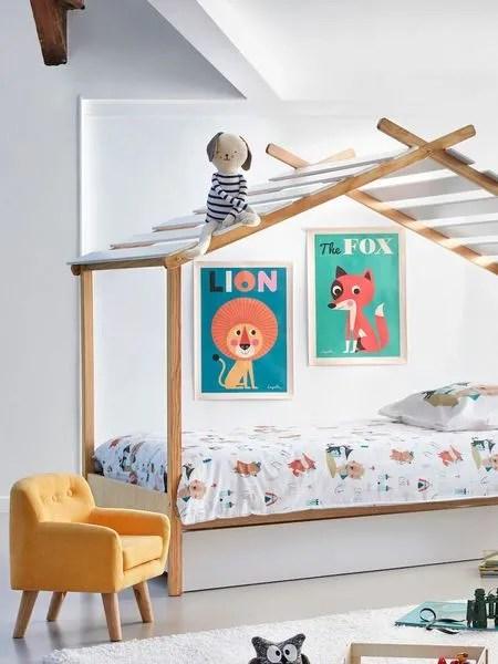 un lit cabane deco pour enfant malicieux chambre et bureau