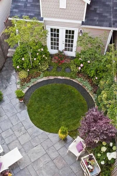 amenagement petit jardin de ville 12