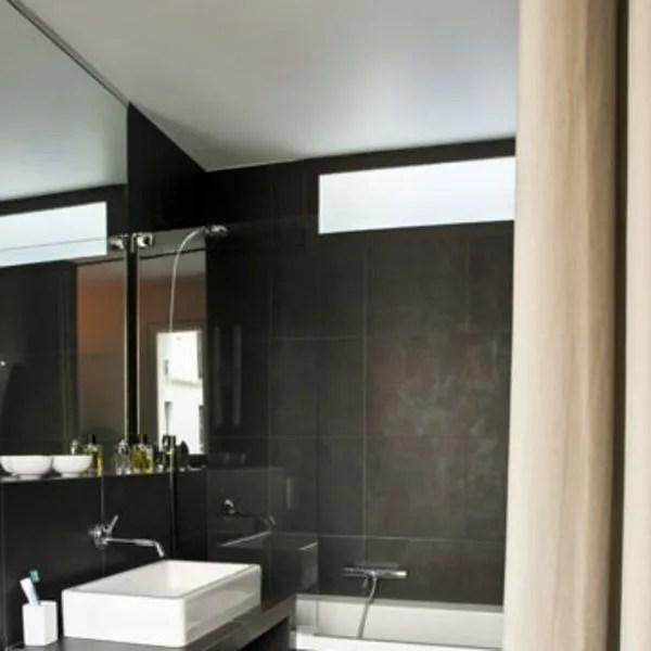 agrandir une salle de bains elegante