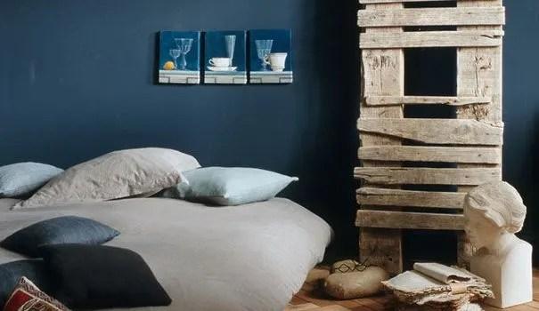 Une Chambre Couleur Bleu La Tte Dans Les Nuages Ct