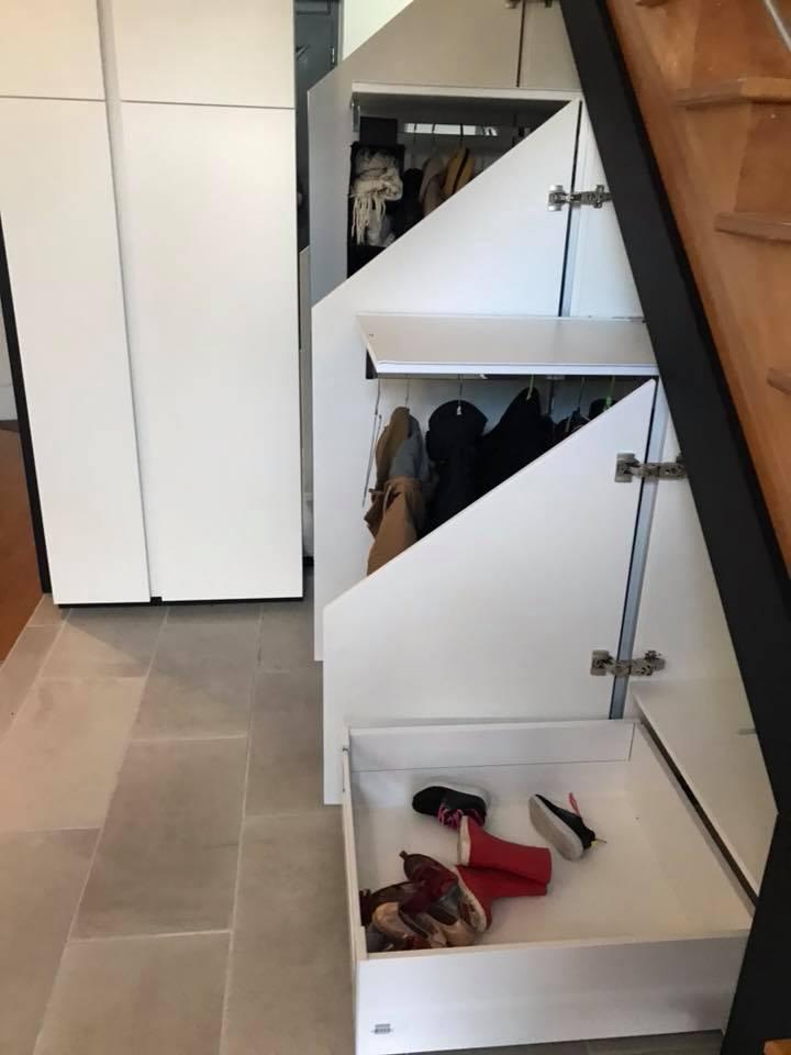 placard d entree et meubles sous escalier