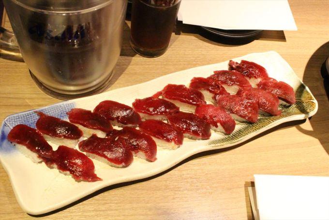 08肉寿司_R