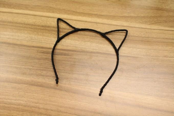ナガハマが持ってきた猫耳