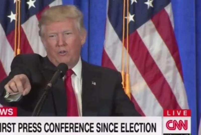 DONALD TRUMP CONTRO LA CNN