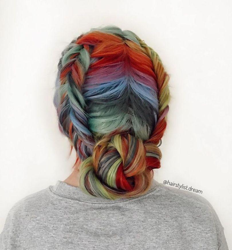 5fc4a33aa6dbb hairstyles patterns teenager milena germany25 5f50e4dc308bd  700 - Menina Hairstyler de 17 anos faz sucesso nas Redes Sociais