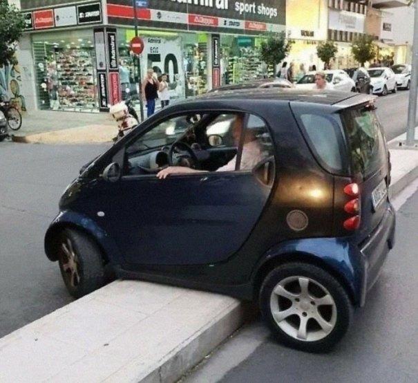 """610a3ad941bbd bad drivers funny pics 155 60feba54ef723  700 - Fotos revelam como muitos motoristas são """"vida loka"""" ou simplesmente sem noção"""