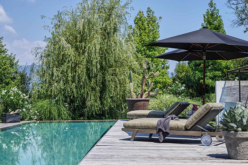 flexform in and outdoor furniture blurs