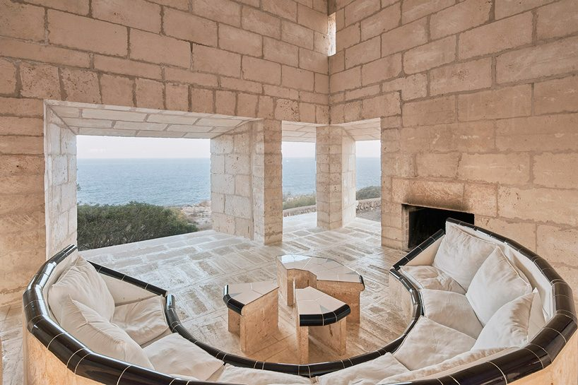 look inside jørn utzon's can lis family house from the 70s in mallorca