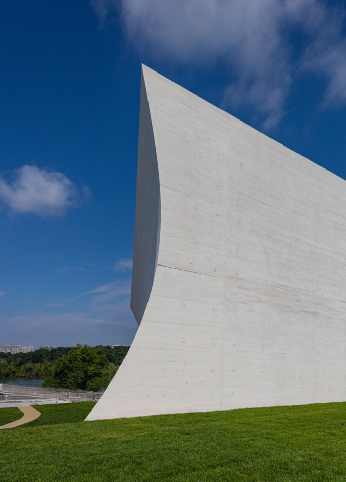 steven holl expansion of the kennedy center for the performing arts opens in washington