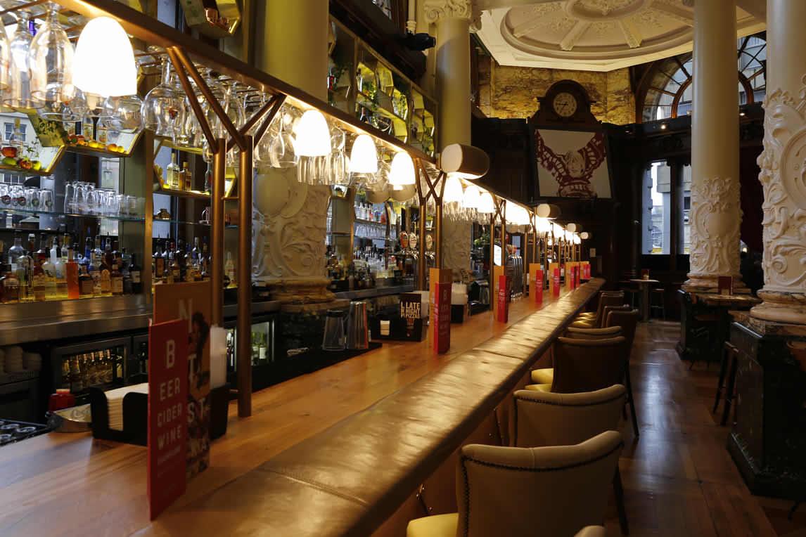 Revolution Newcastle Collingwood Street Newcastle Bar