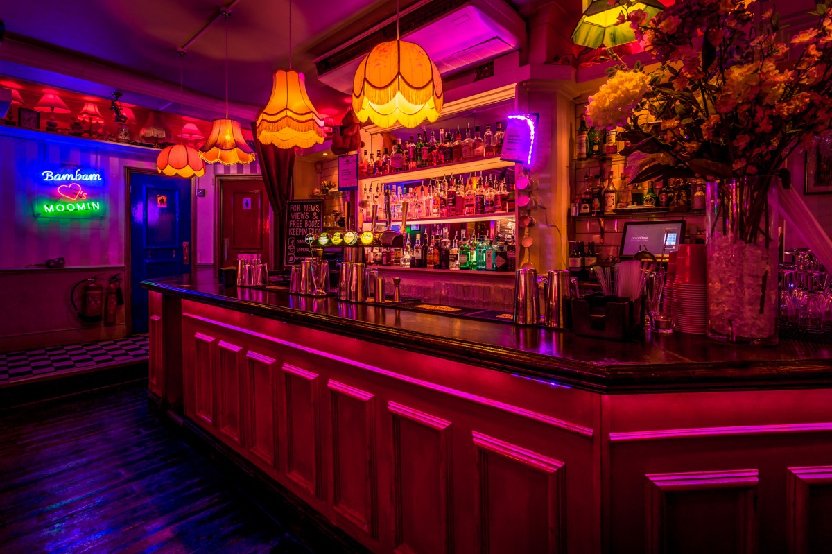 Simmons Soho London Bar Reviews DesignMyNight