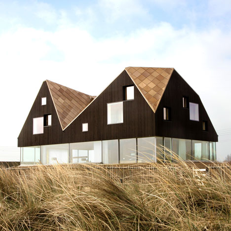 Dune House by Jarmund/Vigsnæs Architects and Mole Architects