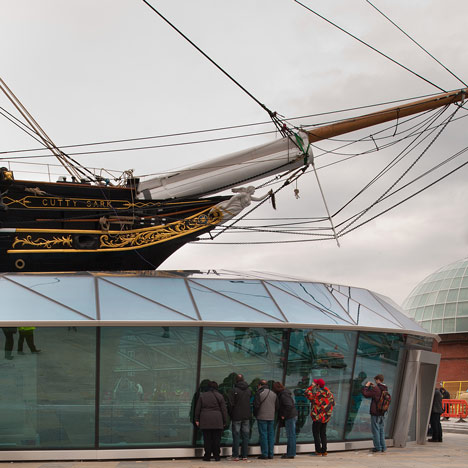 https://i2.wp.com/static.dezeen.com/uploads/2012/04/Dezeen_Cutty-Sark-by-Grimshaw_5.jpg