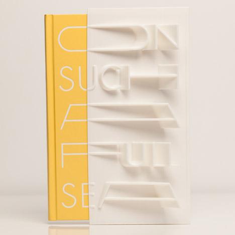 3D-printed book cover of On Such a Full Sea by Chang-rae Lee created with a MakerBot. Artykuł: 19. Książki, inaczej: czyli najbardziej unikalne projekty okładek, Postscript.pl