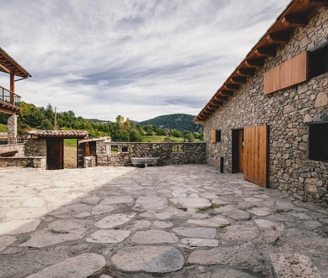 Rehabilitacion En La Cerdanya By Dom Arquitectura