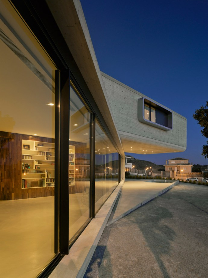 Crossed House by Clavel Arquitectos in Murcia, Spain