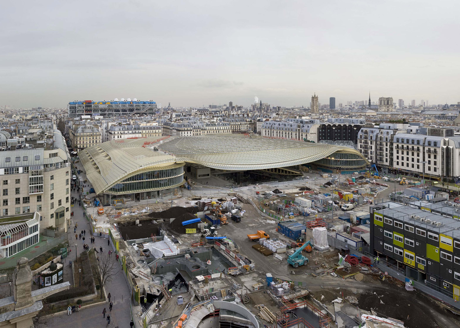les halles to reopen as glass roofed