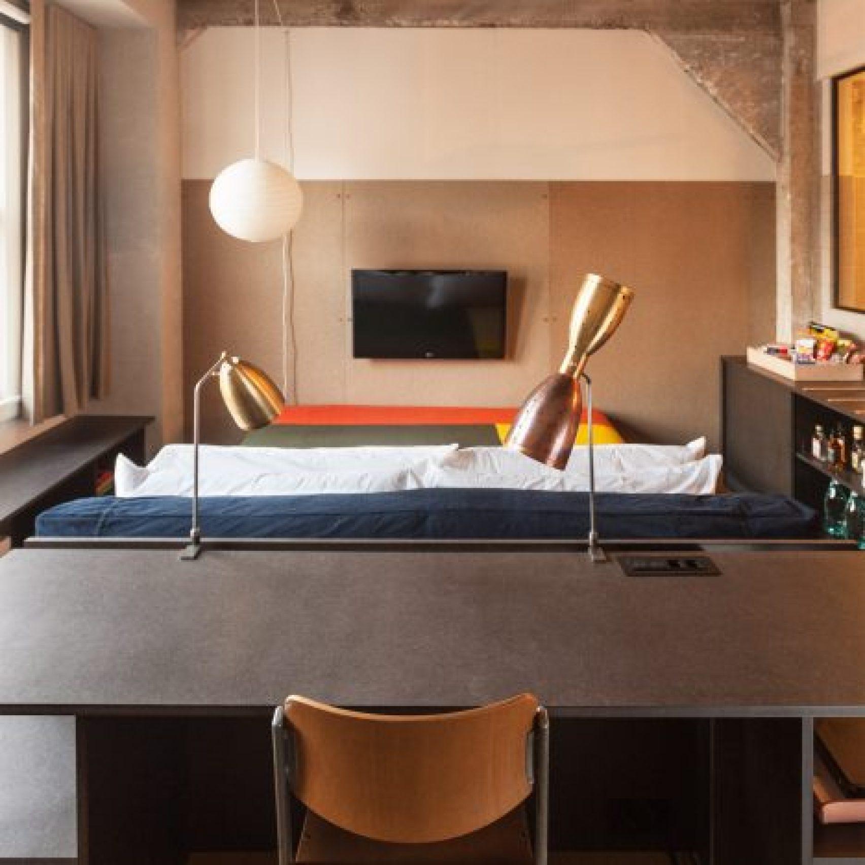 hotel-room-interiors-dezeen-pinterest-boards_dezeen_1704_col_14