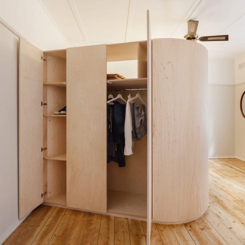 renovated-studio-flat-sydney-catseye-bay-space-saving-interiors-sq