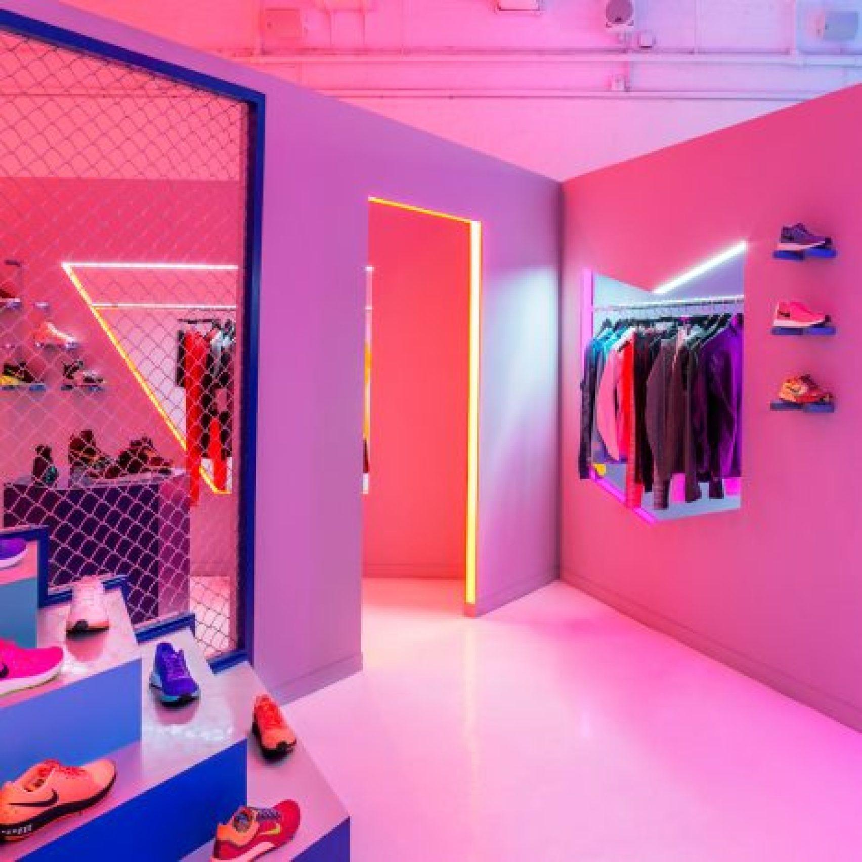 robert-storey-studio-nike-presentation-space-col