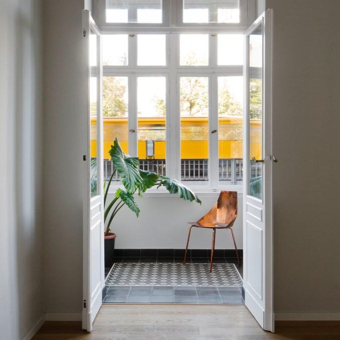 Berlin apartment by RAUM404
